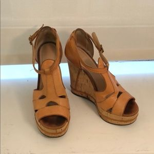 Chloe tan leather platform wedges $695 9 39.5